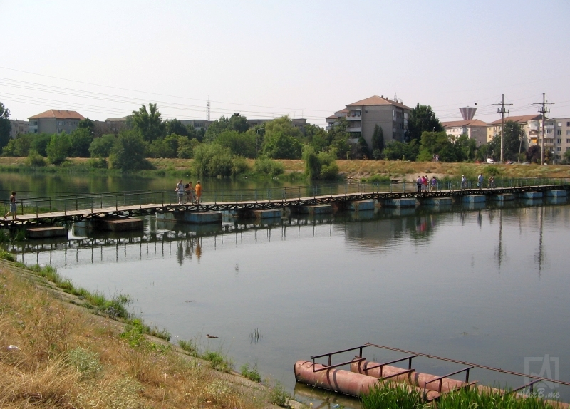 IMG_5247 (2006_07_26) pontoane